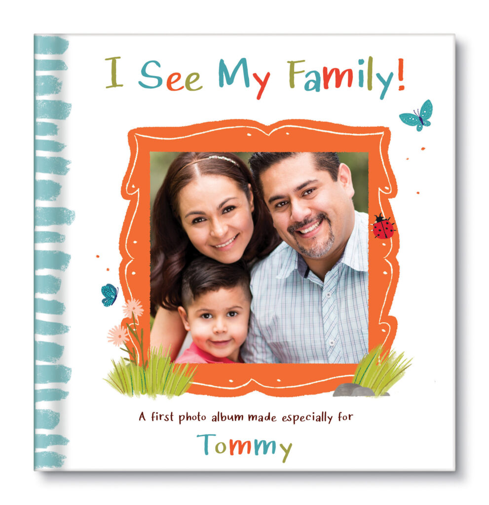 I See My Family! Photo Book